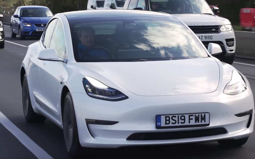 YouTuber Drives Electric Cars To The Absolute Limit Of Their Range — Which Can Go The Farthest? - Digg