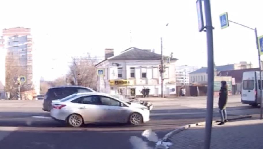 Dude With Killer Reflexes Casually Skips Out Of The Way Of Crashing Car