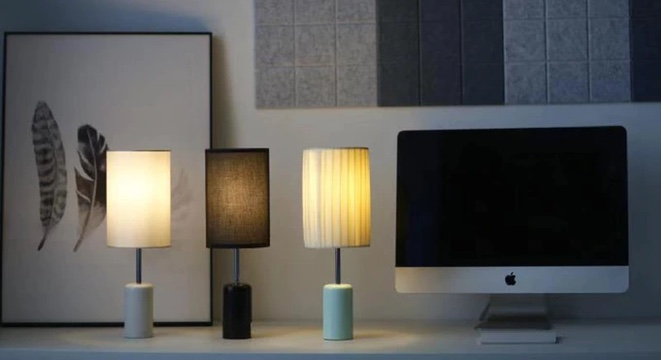 This Lamp Stays Lit Without A Cord