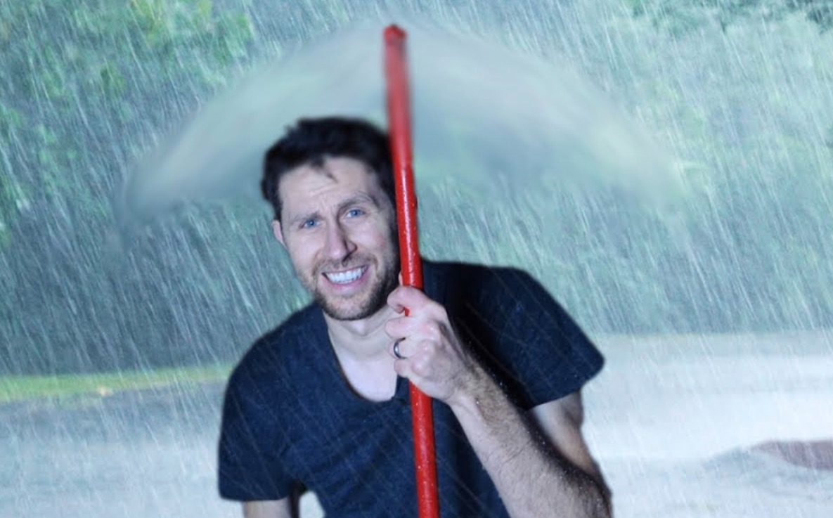 YouTuber Demonstrates An 'Air Umbrella' Contraption Which Blows Rain Away From You — Does It Work?