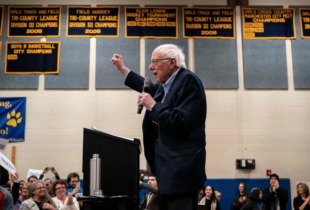 Bernie Sanders Seizes Lead In Volatile Iowa Race, New York Times Poll Finds