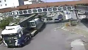 Truck Driver Seriously Misjudges Height Of Truck, Almost Takes Down A Whole Damn Bridge