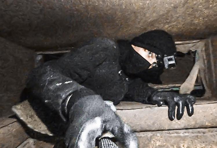 Urban Explorer Crawls Through Soviet-Era Underground Mazes