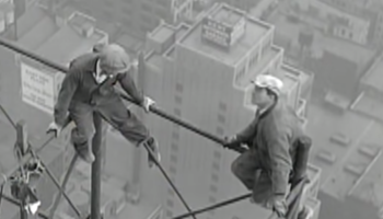 This 1920s Footage Of Construction Workers Working On The Chrysler Building Without Any Safety Gear Is Making Our Hearts Stop
