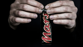 A Candy Bar Ended A Five-Hour Prison Standoff