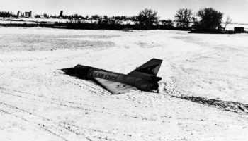 The Fighter Plane That Landed Without Its Pilot