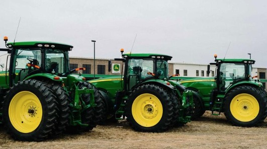 Farmers Fight John Deere Over Who Gets To Fix An $800,000 Tractor
