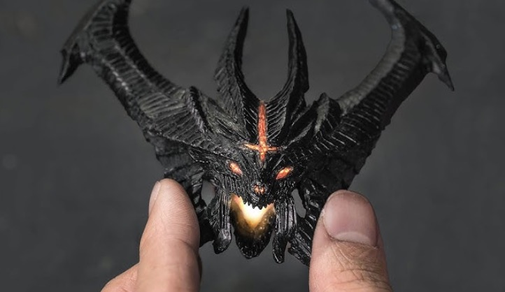 Guy Builds A Complete Diablo Statue From Scratch With Just A 3D Pen
