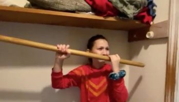 Little Girl Can't For The Life Of Her Figure Out The Very Simple Way To Fix Her Closet Rod