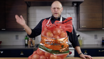 Alton Brown Gives His Tips On How To Make The Best Onion Dip At Home