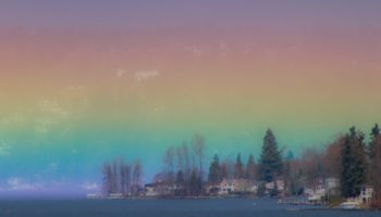 A Photographer Captured Breathtaking Images Of A 'Horizontal Rainbow' Over A Lake In Washington