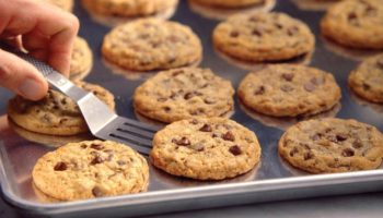 DoubleTree Hotel's Secret Chocolate Chip Recipe Has Just Been Revealed