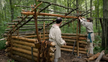 Using No Nails At All, Two Men Build A Survival Shelter From Scratch