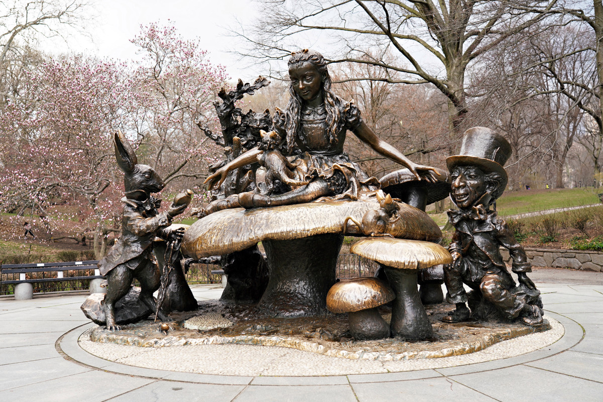 Man Arrested For Plot To Blow Up Alice In Wonderland Statue In NYC