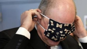 Belgium's Deputy Prime Minister Had A Hard Time Getting His Face Mask On