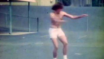 Incredibly-Shot 8mm Film Clips Show What The Skateboarding Scene Was Like In Santa Monica In 1976