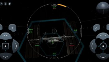 SpaceX Made An ISS Docking Simulator And It's Seriously Fun (And Difficult)