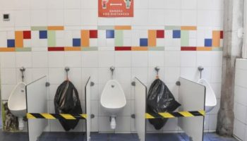 Here's What Public Health Experts Have To Say About Using Public Restrooms During The Coronavirus Pandemic