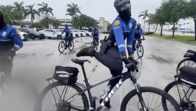 This Clip Of The Miami Police's 'Elite Of The Elite' Bike Unit Feels Like Something Out Of 'Reno 911' - Digg