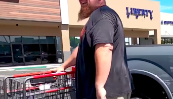 Guy Calls Out Man For Not Putting Away His Shopping Cart, Gets Unexpectedly Repentant Reaction