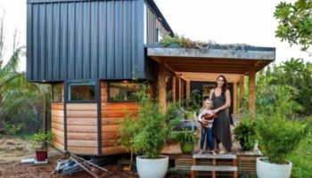 Here's A Seriously Cool Tiny House That's A Plant Lover's Paradise