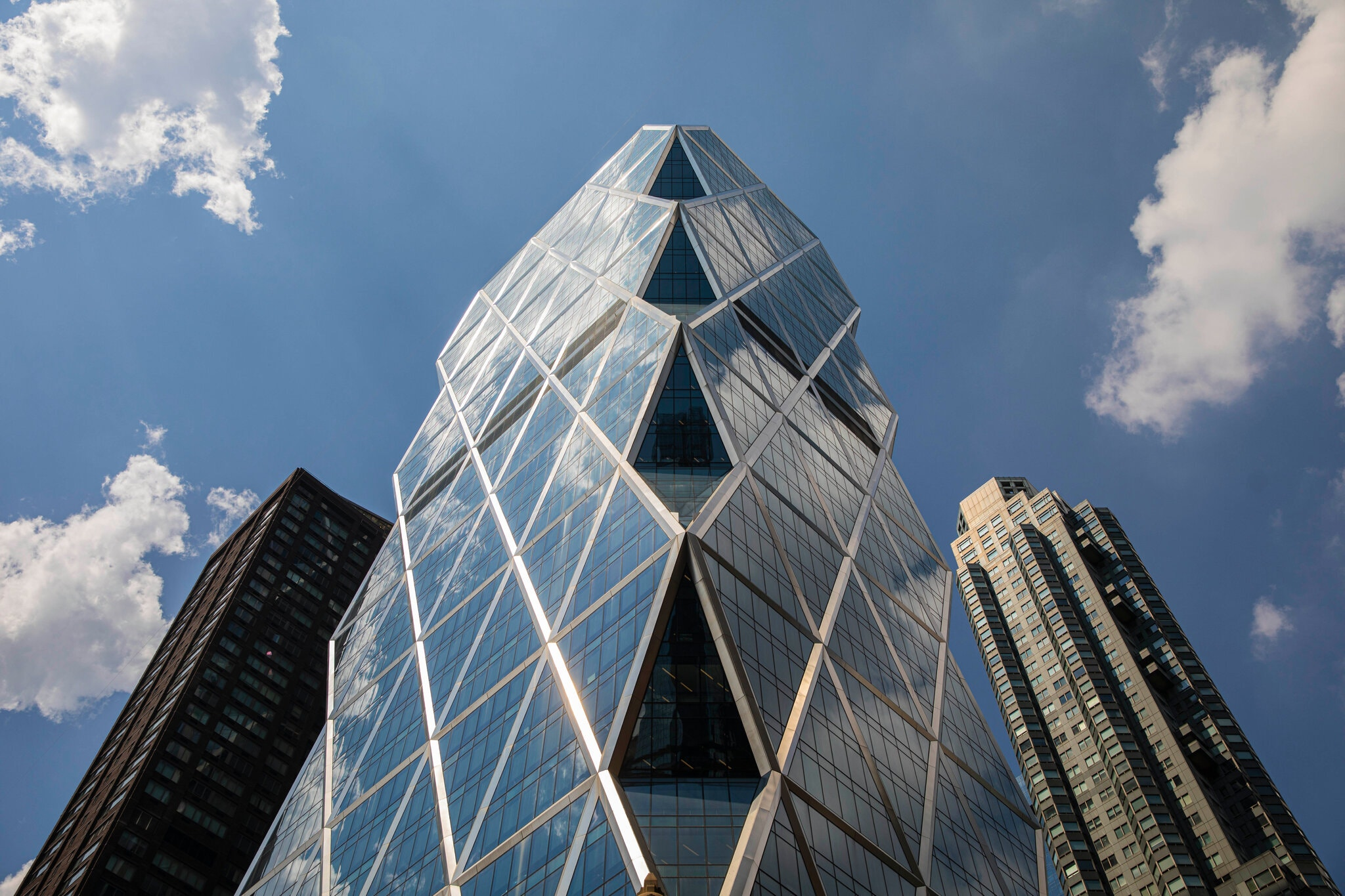 Did Hearst's Culture Kill Hearst's Biggest Magazine Story?