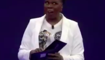Leslie Jones Put On The Performance Of A Lifetime Announcing The Emmy Nominees