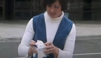 This Vintage 1976 News Report Proved That Nobody Could Open This Milk Carton