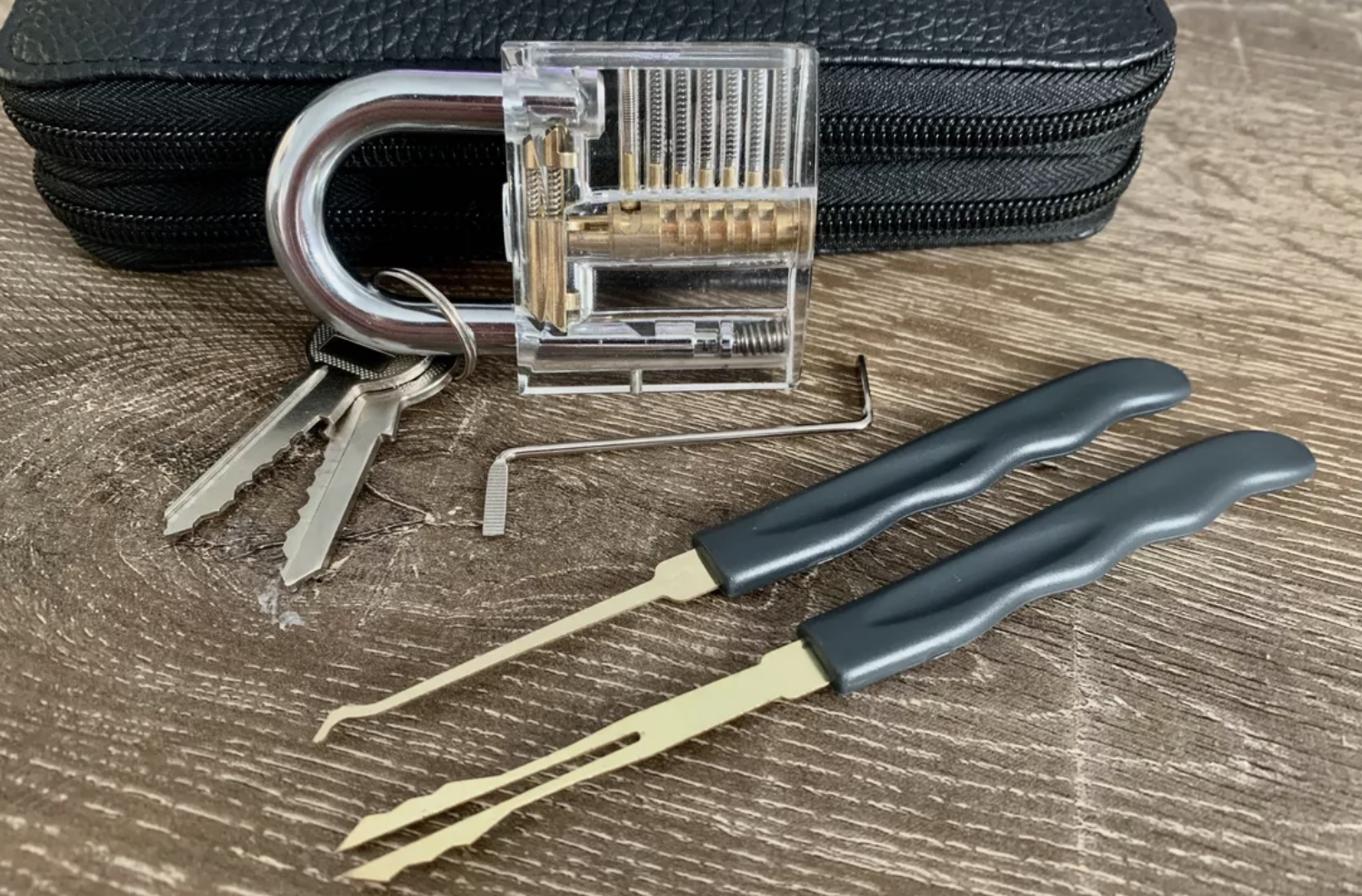 Inside The Hidden World Of Competitive Lockpicking