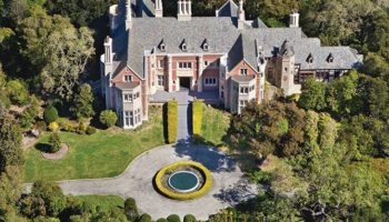 Why Does This Gorgeous Mansion In Northern California Have The Crappiest Bedrooms?