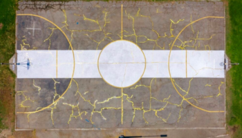 Guy Repairs Damaged Basketball Court With The Traditional Japanese Art Of Kintsugi, And It's Stunning