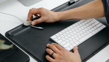 Kickstart This Clever Mat, Keep Your Desk Organized