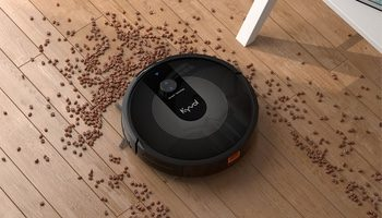 This Alexa-Enabled Robot Vacuum Has Over 200 5-Star Reviews