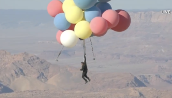Watch David Blaine Soar 25,000 Feet Into The Sky Using Nothing But Helium Balloons