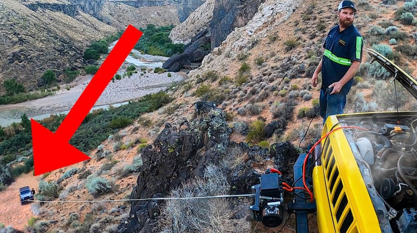 Watch This Guy Rescue A Stuck Jeep Wrangler That Went Way Off-Road