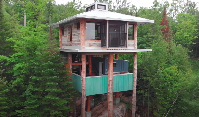 This Two-Story Treehouse Was Built Entirely Out Of Salvaged Materials, And It's Stunning