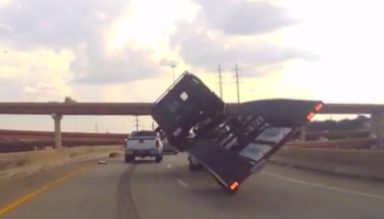 This Is Why You Should Drive Carefully With A Trailer