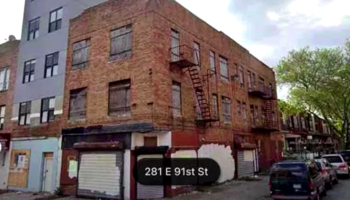 Guy Stumbles Across An Abominable Building In New York City That Somehow Cost $1.3 Million