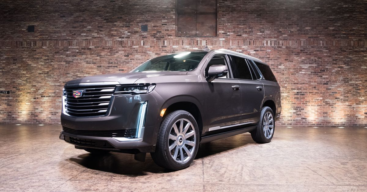Driving The 2021 Cadillac Escalade Was One Of The Most Stressful Experiences Of My Life