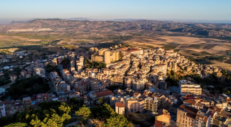 The Italian Town Auctioning Off Abandoned Homes For €1