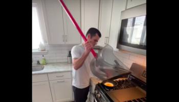 Here's How Chaotic It Would Be If People Used The Wrong Equipment In Everyday Life