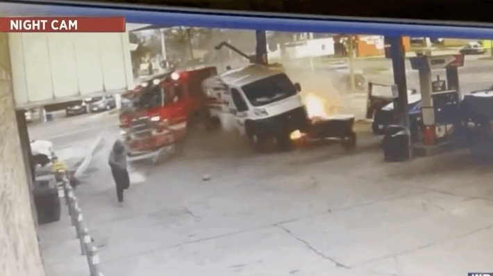 This Newscaster Delivers The Play-By-Play Of A Fire Engine Crashing Into A Gas Station Like A Horse Racing Announcer - Digg