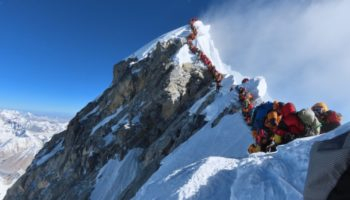 Here's What It's Like To Be Stuck In The Mount Everest Traffic Jam 20,000 Feet Above Sea Level