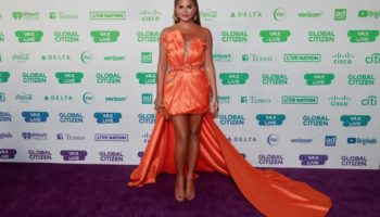 The Rise And Fall Of Chrissy Teigen, Twitter's Biggest (Unwitting) Troll