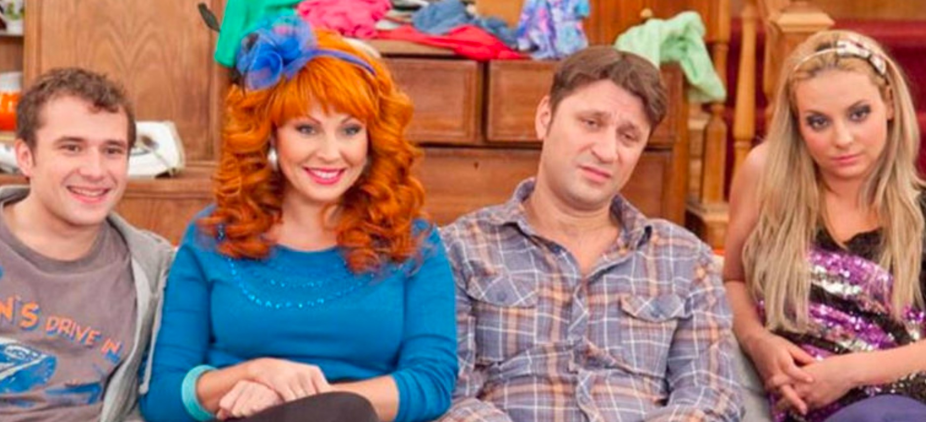An Oral History Of 'C ,' The Russian Remake Of 'Married... With Children'